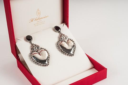 Orecchini donna in argento con cuore e granati