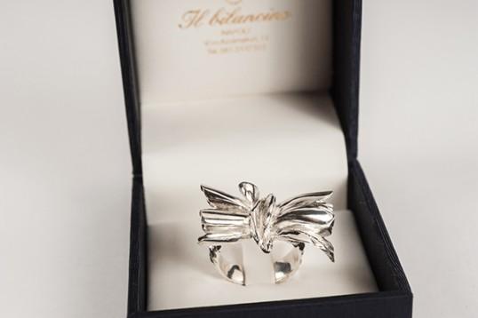 Anello con farfalla